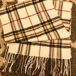 Accessories - Burberry Patterned Cashmere Scarf
